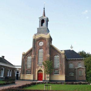 Middelstum Hoeksteenkerk